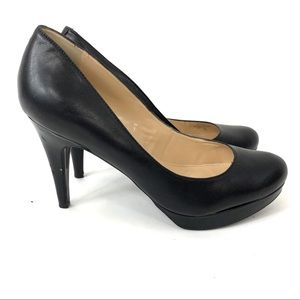 Marc Fisher Sydney Black Leather Heels Womens 9